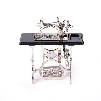 MiniaturaToyVintage Miniature Sewing Machine Furniture Toy For 1/12 Doll HouseYJ