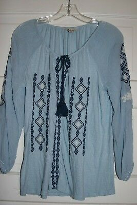 2ee9d32185306c LUCKY BRAND light blue cotton blend knit & woven embroidered peasant top  wms M