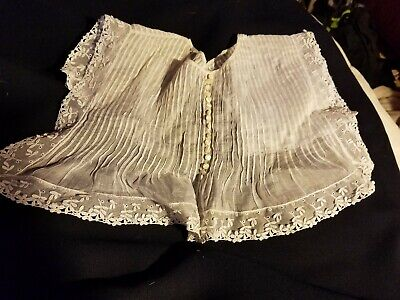 ORNATE Antique VICTORIAN STYLE  LACE COLLAR  VINTAGE WHITE baby infant