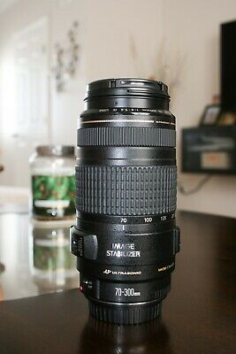 Canon EF 70-300mm f/4-5.6 IS USM in Very Good Condition