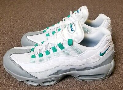 purchase cheap 201c3 a5273 Nike Air Max 95 ESSENTIAL Mens LIGHT PUMICE-CLEAR EMERALD 749766-032