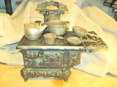 """Antique CAST IRON """"EAGLE"""" S COOK STOVE Ornate VICTORIAN TOY size down below"""