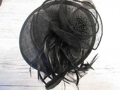 Lovely Hair Accessory Black Feather /Clip Fascinator/Wedding/Special Occasion