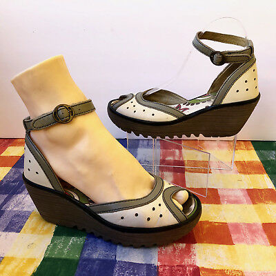 7d3565d489bf37 FLY LONDON Ydel Perf Leather Peep Toe Sandal Wedge Ankle Strap   6.5 7  Women 37