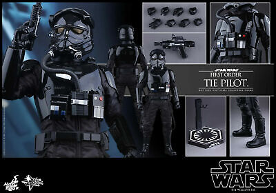 Hot Toys MMS 324 Star Wars : THE FORCE AWAKENS First Order TIE Pilot