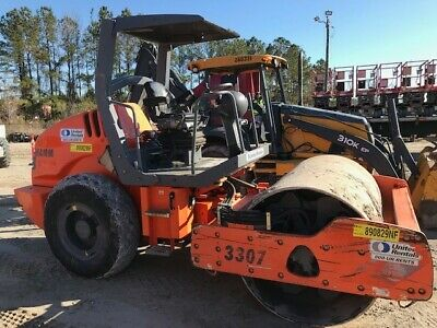 "2013 Hamm Model 3307 Vibratory Compact Roller - 60"" Drum w/sheep foot shell kit."