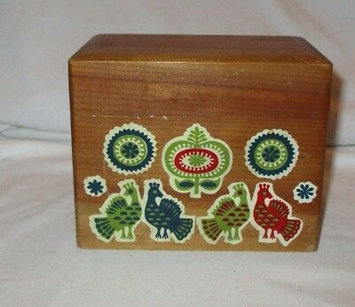 Vintage Wood Recipe Box W/Bird Decals Lots of Recipes, Cards & Dividers Etc
