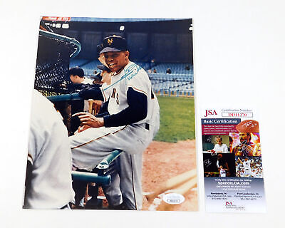 Willie Mays Signed 8 x 10 Color Photo Giants JSA Auto