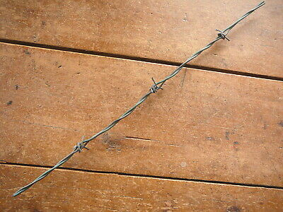 BURNELLS HOOK 4-Pt GREEN PLASTIC & GRAY LINES MEXICO FIND -  ANTIQUE BARBED WIRE