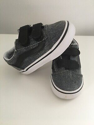 74ca1c14fc Toddler Boys Off The Wall Vans Shoes Size 5 Gray With Velcro Straps