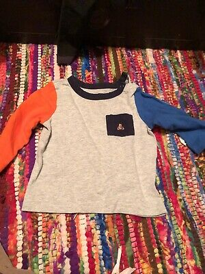 baby gap boys 6-12 months T-shirt Long Sleeves