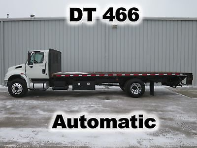 4300 Dt466 Automatic 270-Hp Stake Flat Bed Body Lift Gate Truck 110-K Low Miles