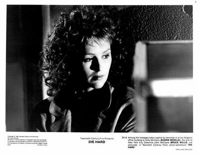 Die Hard original 8x10 photo 1988 Bonnie Bedelia as Holly McClane