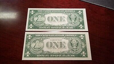 Lot of  2 1935 G Series Silver Certificates With Motto and Without Motto CH-CU