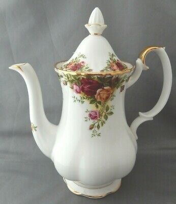 Lovely Vintage Royal Albert Coffee Pot in the Old Country Roses Design (1962)