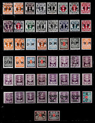 Danzig: 1920 - 22 Classic Era Stamp Collection With Never Hinged