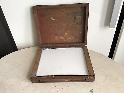 Artist'S Plein Air Vintage Small Wooden Box Easel/palette To Hold Artist'S Board