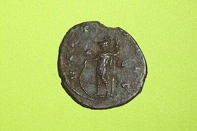 Claudius II Gothicus 268 AD Ancient ROMAN COIN goddess of war Minerva spear VG