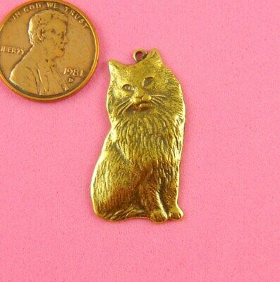 Antique Brass Persian Cat Charm With Top Ring - 1 Pcs
