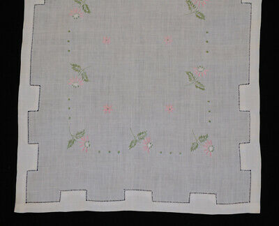 Vintage White Linen Hemstitched Runner Embroidered Pink Daisies