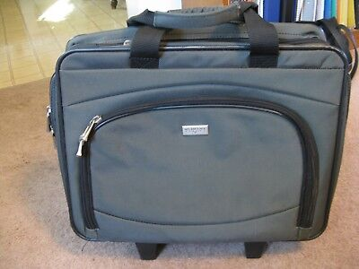 Briefcase, Laptop, Black, Wheels, Handle, Rolling, Us Luggage New York Brand
