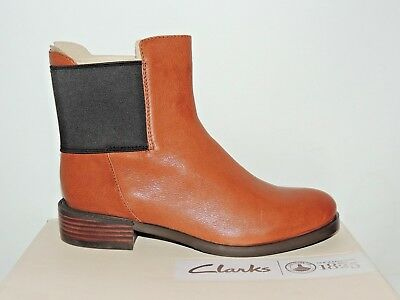 a492b75dec6 NEW CLARKS WOMENS Leather Ankle Chelsea boots MARQUETTE WISH Black ...
