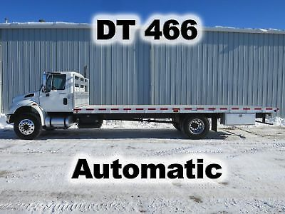 4300 Dt466 Automatic 26Ft Aluminum Flat Stake Bed Body Delivery Truck 117-K Mi