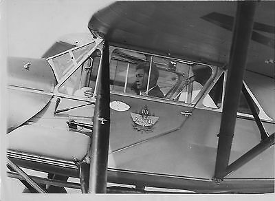 AVIATION JAMES .A.STILLMAN AVIATEUR 1932 COPYRIGHT ACME and TRAMPUS