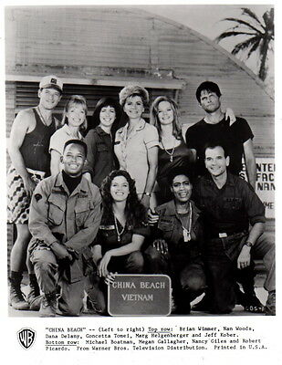 China Beach Dana Delany Marg Helgenberger Robert Picardo 8x10 Photo F11389