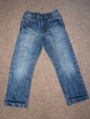 PAIR OF BOYS M&CO JEANS - AGE 5-6 (good condition)