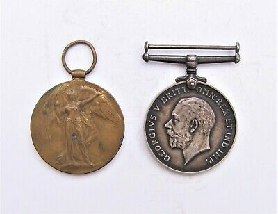 Wwi Pair War Medals Awarded To 34161 Pte. F. Saunders. M.g.c  ( P3-3 )