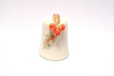 Thimble Handpainted Porcelain Hillgrove Ireland Holly Leaf & Berries Affixed