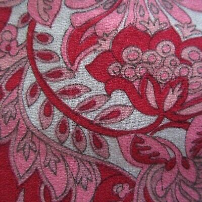 Hot Pink & Red Swirly Paisley Leaf Floral 1960s Vintage Cotton Fabric 50cm x