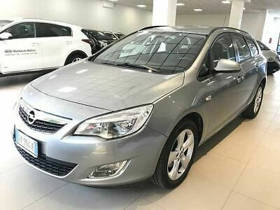 Opel Astra 1.7 CDTI 110CV Sports Tourer Cosmo Fleet