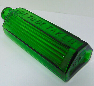 "6oz Ribbed Green Lewis & Towers Style ""Triangle"" Poison Bottle c1915"