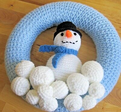Large Hand Knitted Xmas Snowman Wreath. Wall Display Great Fun.