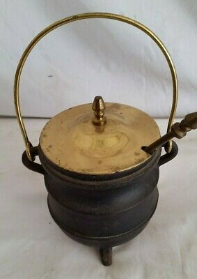 Antique Cast Iron Cape Cod Style Fire Starter Pot With Brass Lid,Wand,Bail