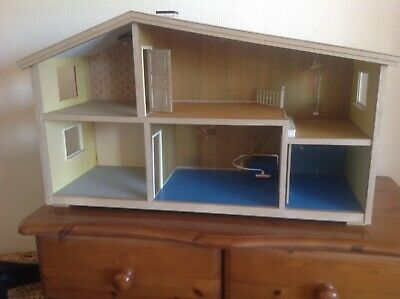 Vintage Lundby Barton Dolls House With Electricity