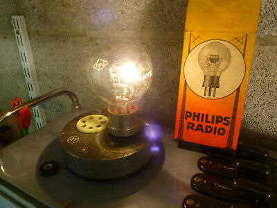 one triode Philips Onyx filament OK heating tested OK, older radio tube boxed