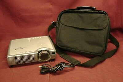 Hitachi Projector CP-X328T Multimedia Mobile LCD Projector w/Bag 250 Hours #2106