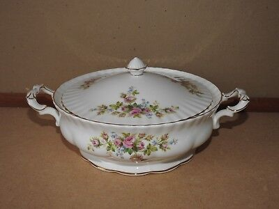 LOVELY Royal Albert  Moss Rose 1st Quality Lidded Tureen - Exceptional Condition
