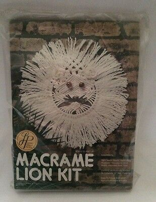 Leisure Home 1978 Macrame Lion Kit Wall Hanging Pattern