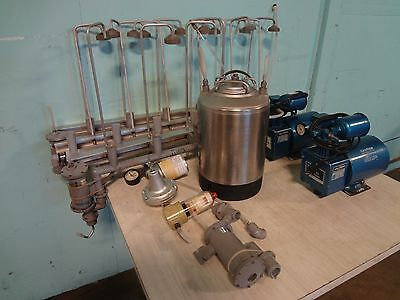 """Berg Co"" Asst. Liquor Dispensing System W/ 2 Air Pumps, 2.5Gal Pressurized Tank"