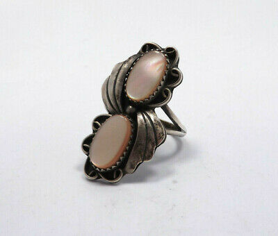 Vintage Native American Sterling Silver Pink Mother of Pearl Leaf & Scroll Ring