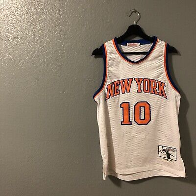brand new 44f30 12596 NEW YORK KNICKS Throwback Black Top Jersey Authentics Size M 16-18 Rare