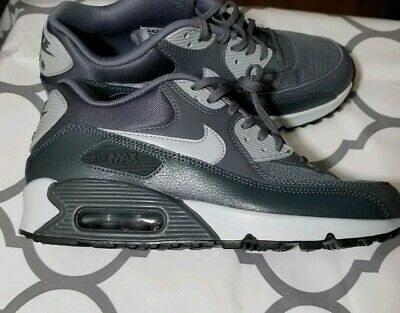 NIKE AIR MAX 90 Essential Women's Sz 8 WhiteBlackWolf Grey