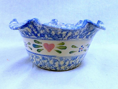 East Texas Pottery Marshall TX Crimped-Scalloped Edge Bowl Pink Hearts-Mottled