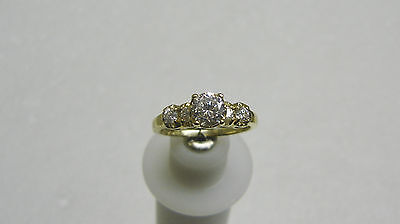 Fabulous 14K Yellow Gold Cubic Zirconia Solitaire With Accents Ring Size 7 G32-T