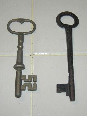 """Lot of 2 Antique 18th - 19th C. Iron Skeleton Keys Church Jail Gate 7"""" and 6"""""""