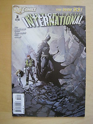 JUSTICE LEAGUE INTERNATIONAL # 3 .JURGENS,LOPRESTI 1st PRINT.THE NEW 52. DC.2012